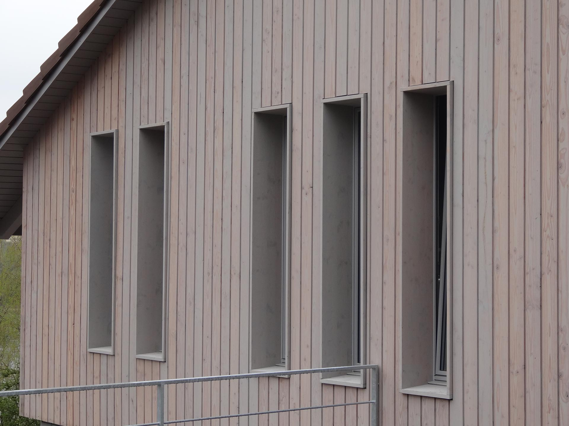 Fassadenverkleidungen-in-Holz